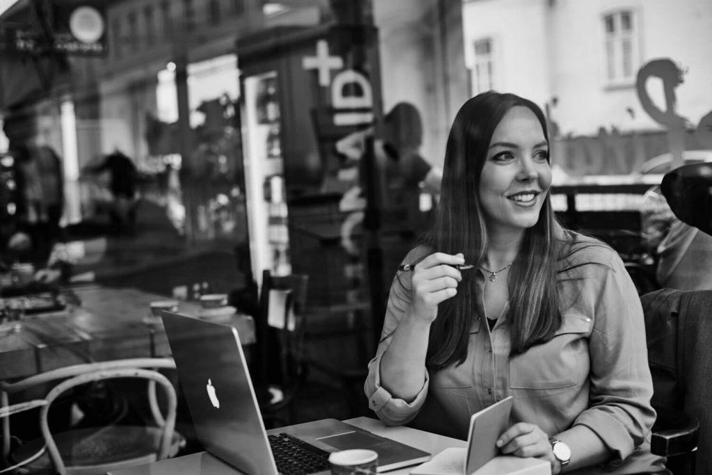 Mag. Daniela König - Web-Texterin - Baden/NÖ